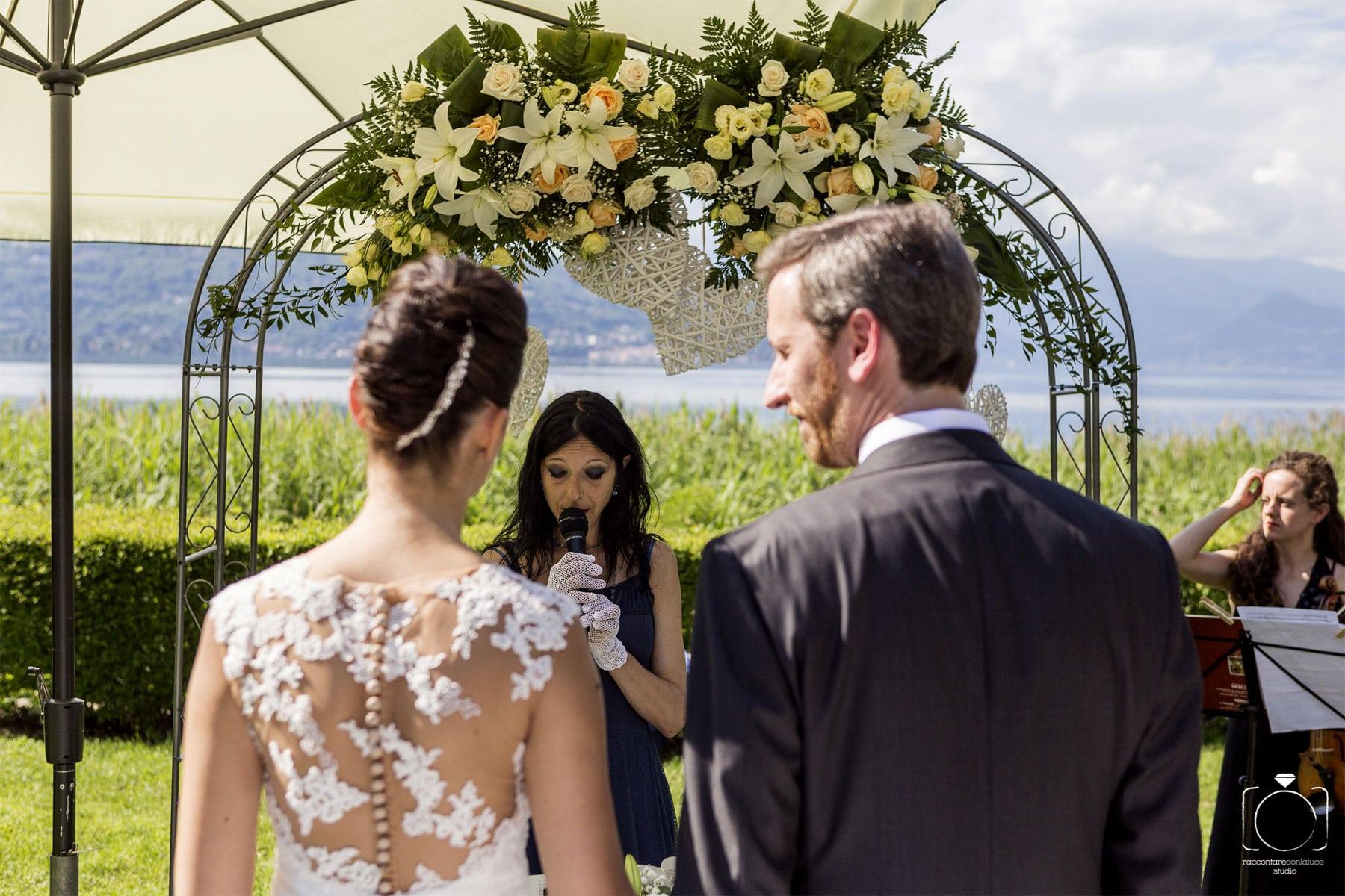Celebrante Matrimonio Simbolico Liguria : Celebrante per cerimonia di matrimonio simbolico by ariel